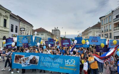 Hod za život u Slavonskom Brodu: 'Što će nam sva prava, ako nije omogućeno pravo na život'